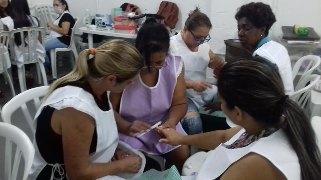 MANICURE E PEDICURE (Copy)